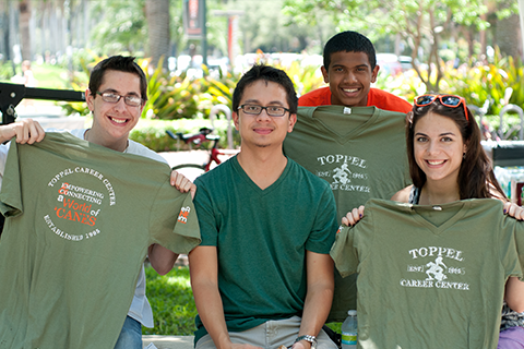 Students at Toppel event with t-shirts